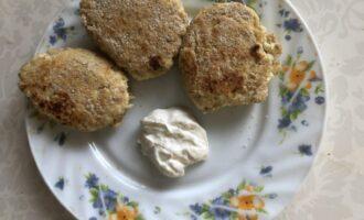 Шаг 5: Готово! К столу блюдо подавайте с нежирной сметаной, греческим йогуртом или мёдом.