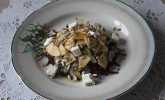 ПП салат из свёклы с сельдереем и брынзой
