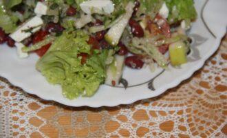 ПП салат из фасоли, редьки и сербской брынзы