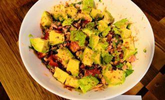ПП салат с авокадо и тунцом