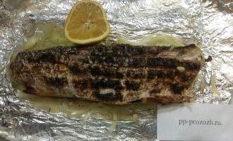 Шаг 8: Жарьте рыбу по 5-7 минут с каждой стороны до румяной корочки.  Неимоверный вкус. Обязательно попробуйте приготовить.