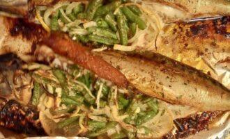 Шаг 10: Через 25 минут достаньте красивую рыбку из духовки.