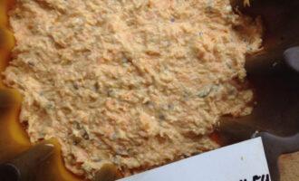 Шаг 11: Переложите тесто в силиконовую форму и выпекайте до сухой середины при температуре 200 градусов.
