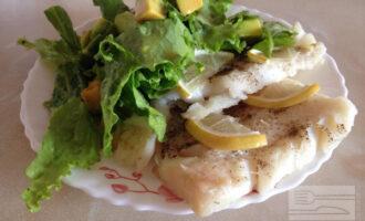 ПП филе трески в духовке с салатом