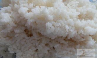 Шаг 7: Вот такой замечательный  рис у нас получается, он клейкий, но в то же время каждая рисинка индивидуальна.
