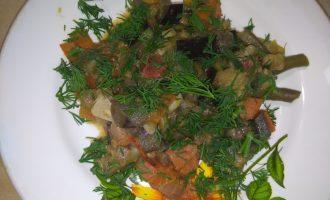 Овощное рагу с баклажанами и фасолью