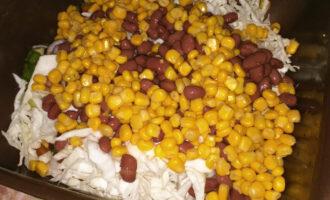 Шаг 7: В конце добавьте кукурузу.