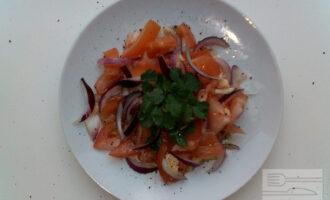 ПП салат из печеных баклажанов с помидорами