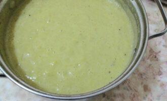 Шаг 14: Овощной крем-суп готов. Приятного аппетита! Если Вам хочется добавить чего-то, то рекомендую добавить зелень, отварную курицу, или ветчину при подаче.