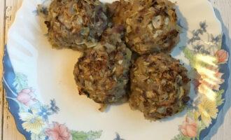 Тефтели из фасоли с овощами