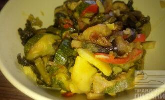 Овощное рагу с баклажанами и цуккини
