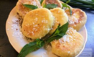 Сырники с кокосовой стружкой в духовке
