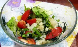 Диетический салат из цветной капусты