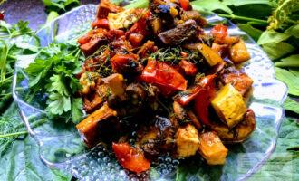 Тушеные овощи с тофу
