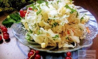 Салат из квашеной капусты диетический