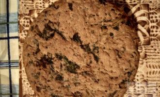 Шаг 9: Через 40 минут достаньте хлебушек из духовки.