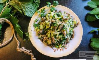 Диетический салат с вешенками