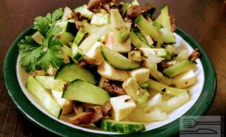 Салат с сыром вегетарианский