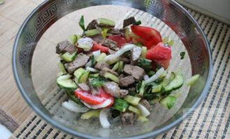 Диетический салат с говяжьим сердцем