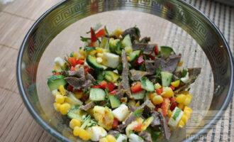 Белковый салат с говядиной для похудения
