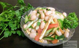 Веганский салат с фасолью