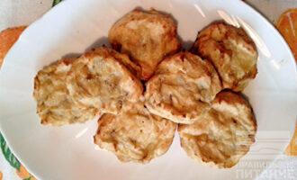 Шаг 6: Творожные сырники с бананом готовы!