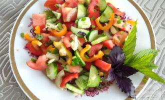 Вегетарианский овощной салат