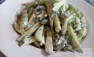 Диетический салат с огурцом