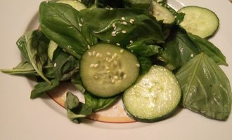 Салат из шпината диетический