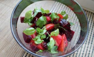Салат из свеклы и ламинарии