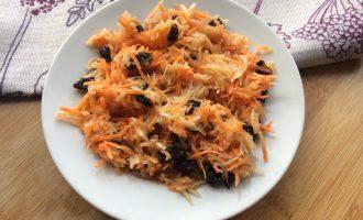 Витаминный салат с морковью