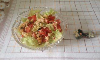 Диетический салат с морским коктейлем
