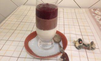Шаг 8: Десерт с вишней готов.