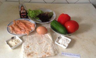 Шаг 1: Подготовьте все продукты по списку ингредиентов.