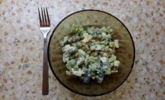 Диетический салат с горошком консервированным без майонеза