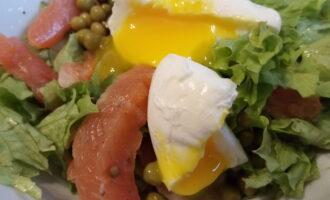 Салат диетический с семгой