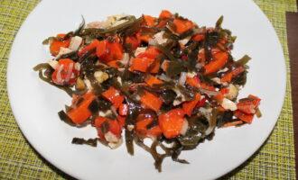 Салат диетический с курицей без майонеза