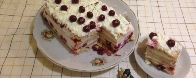"""Торт диетический """"Вишенка"""" без выпечки"""