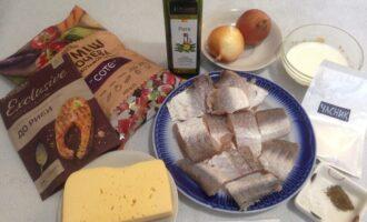 Шаг 1: Соберите вместе все продукты по списку ингредиентов. Рыбу заранее разделайте на филе.