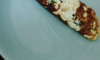Шаг 8: Переложите на тарелку. Готово.