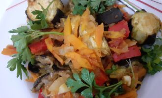 Тушеные овощи по-итальянски