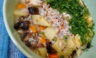 Гречневый суп с шапиньонами